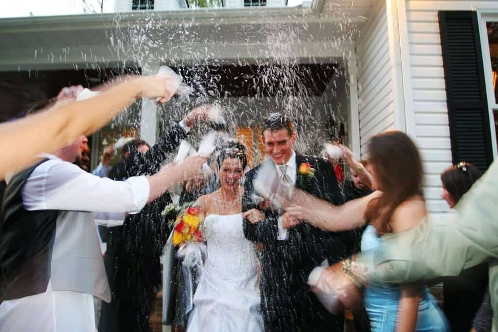 Our water soluble Ecofetti is the highest quality wedding confetti for photos.